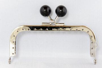 Portemonnee sluiting 10,5cm zilver met knop in zwart