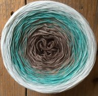 Limited by creme/turquoise/taupe