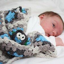 Patroon uiltjes babydekentje + 12 bollen Catona katoen