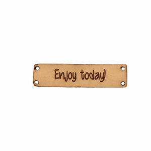 Leren label enjoy today