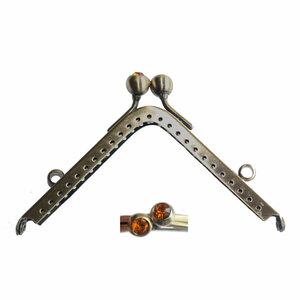 Portemonneesluiting vierkant met strassknop amber