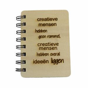 Kleine houten boekjes met eigen tekst, type A